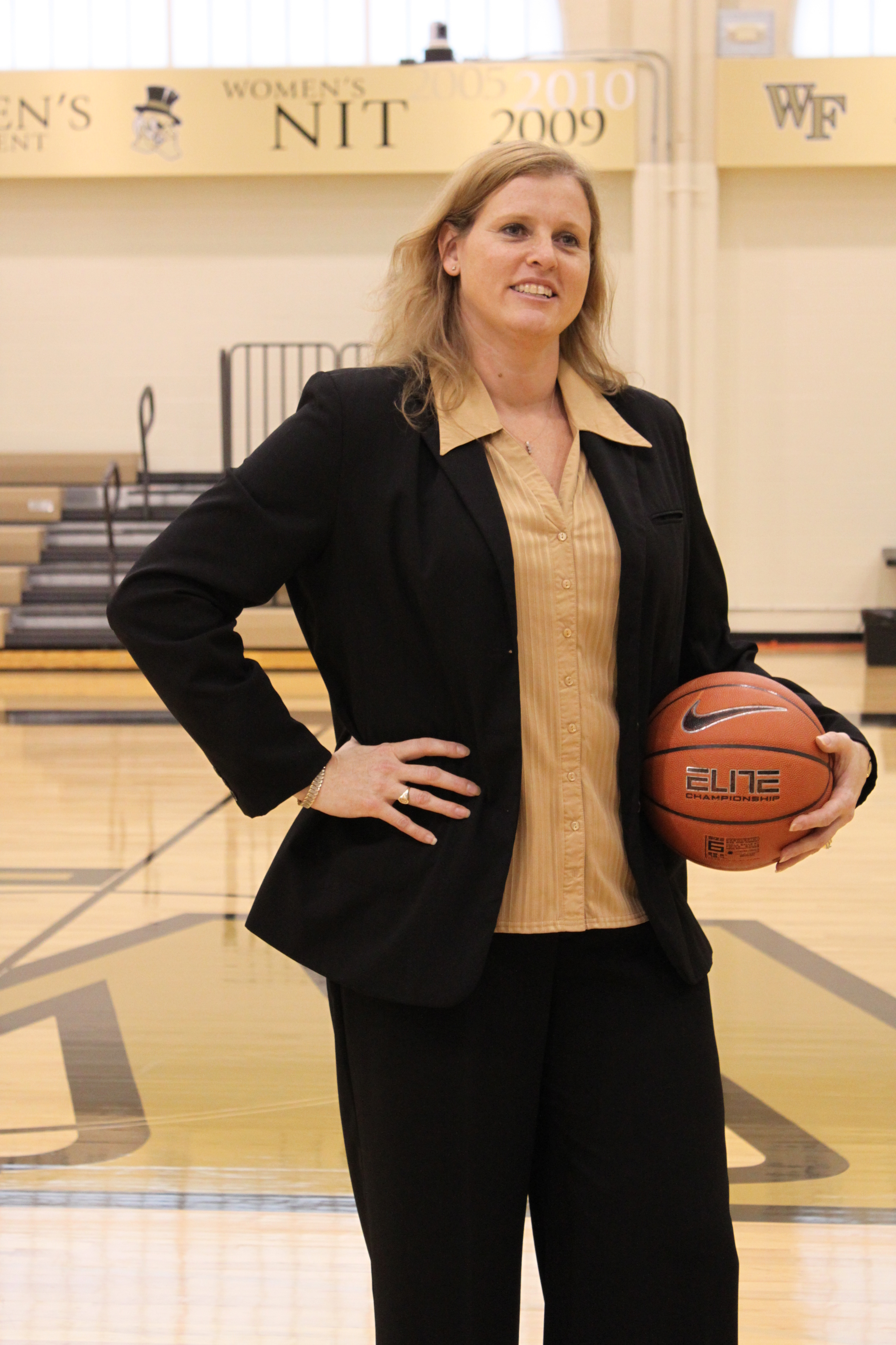 Hall Of Famer Jen Hoover Named Wake Forest Head Women S Basketball Coach Wake Forest University Athletics